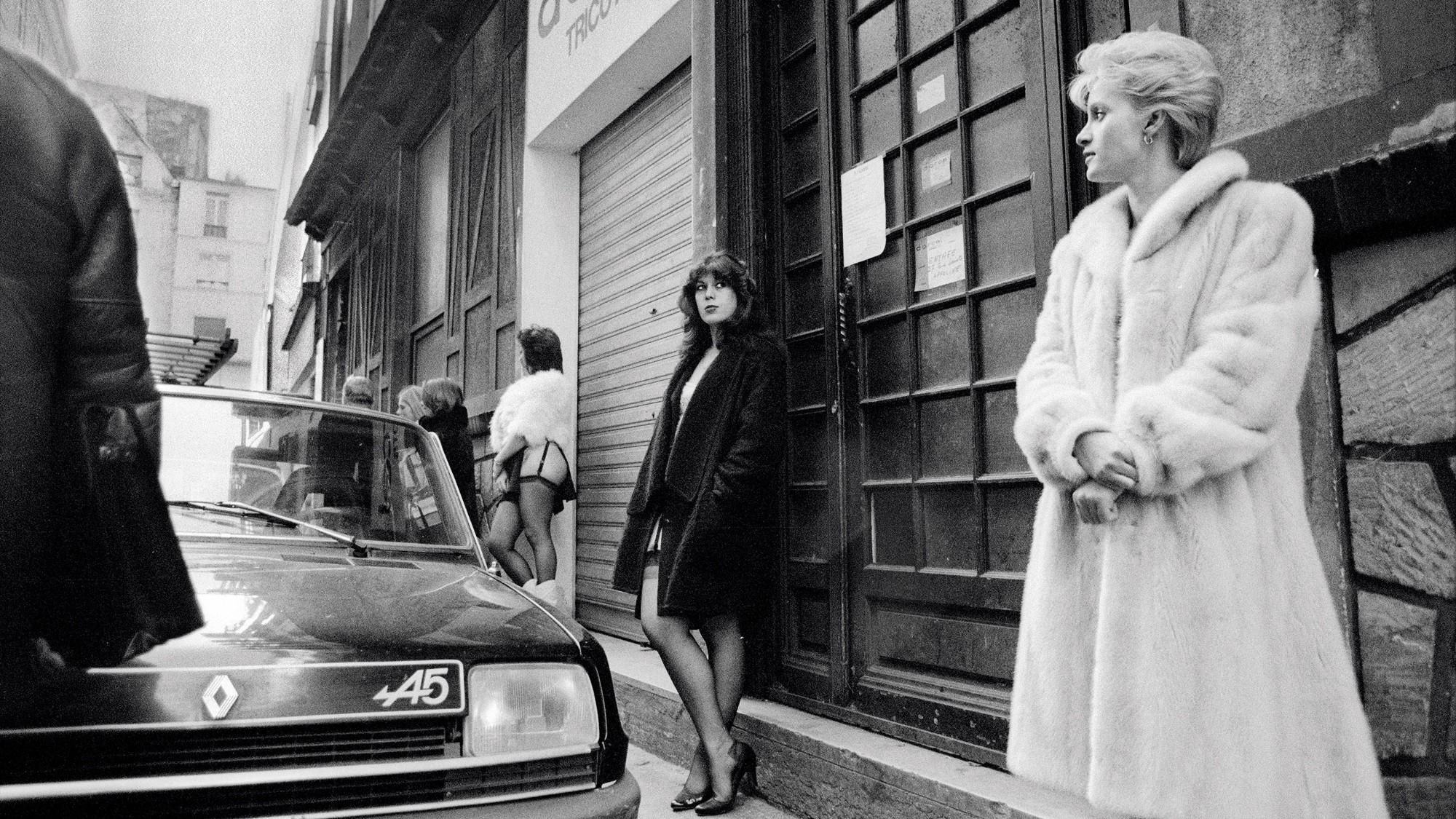 Parisian street walkers