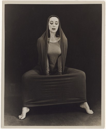 Martha Graham doing lamentations
