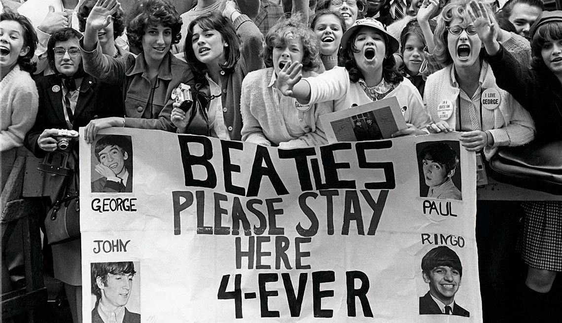 Screaming Beatles fans in New York City