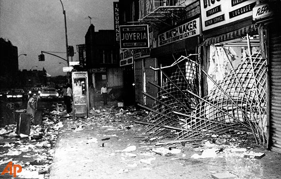 Looted store in NYC blackout of 1977.